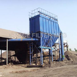 China Pulse Jet Bag Filter Dust Collector Equipment Low Emission For Asphalt Mixing Site distributor